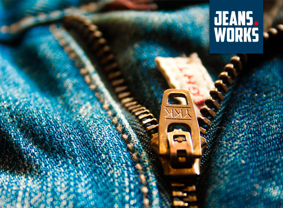 over jeans works perfect zipper